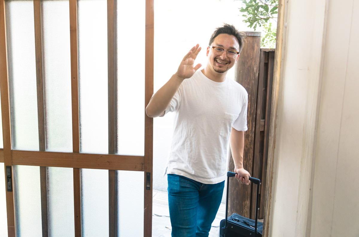 玄関開けたらいたの写真